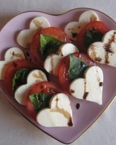 Mozarella und Tomate Herz