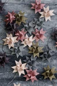 Weihnachtssterne aus Papier Anleitung in Pastel