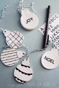 Weihnachtsbaumschmuck minimalistisch schwarz-weiß