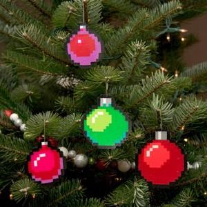 Christbaumschmuck Bügelperlen Weihnachtskugeln bunt