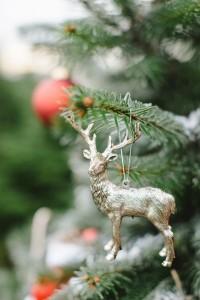 Weihnachtsschmuck goldenes Reh